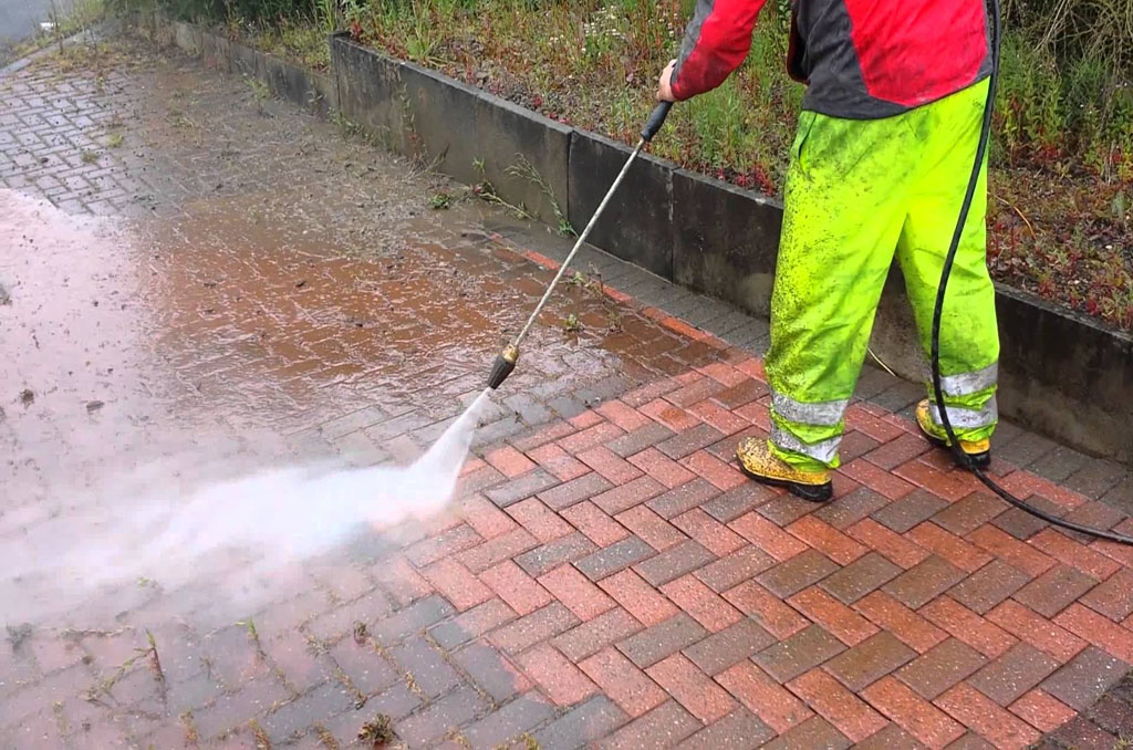 How to pressure wash your concrete or brick driveway all for Pressure wash concrete patio